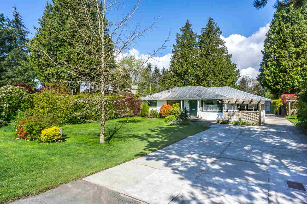 Detached at 12645 26A AVENUE, South Surrey White Rock, British Columbia. Image 2