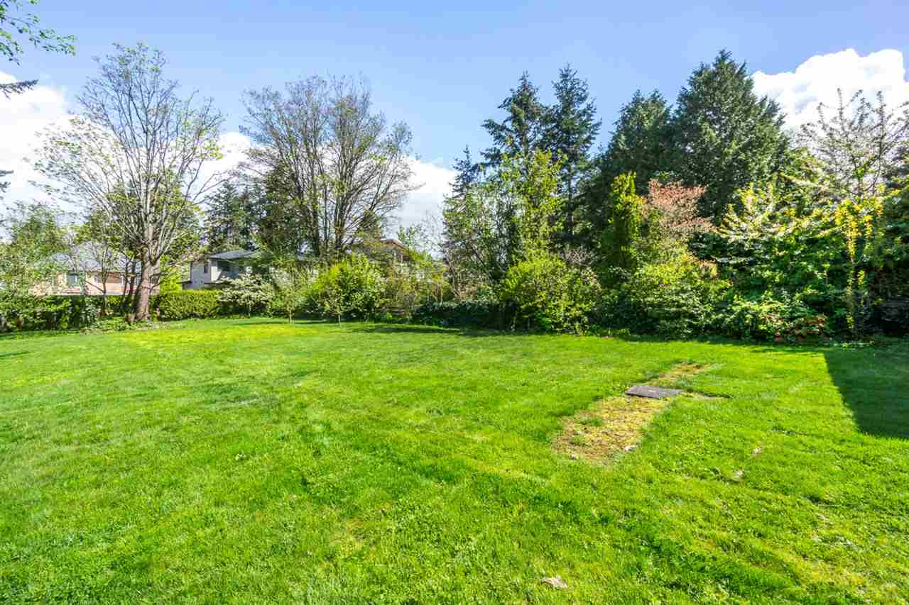 Detached at 12645 26A AVENUE, South Surrey White Rock, British Columbia. Image 19