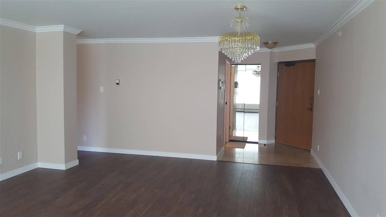 Condo Apartment at 303 2108 W 38TH AVENUE, Unit 303, Vancouver West, British Columbia. Image 5