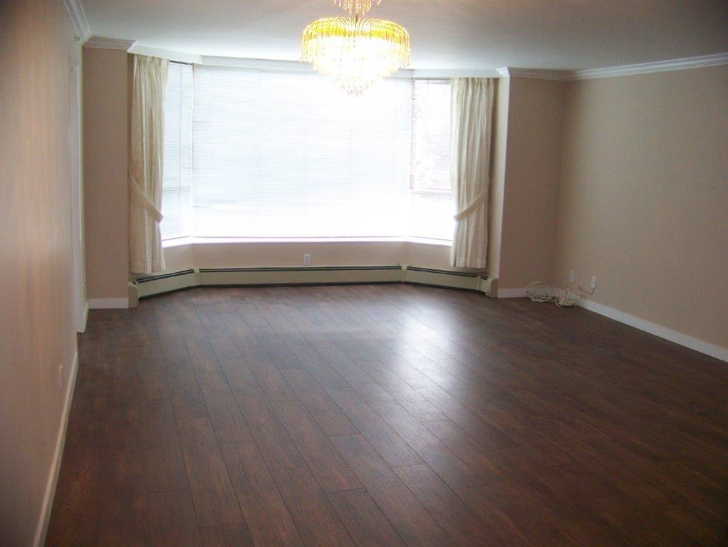 Condo Apartment at 303 2108 W 38TH AVENUE, Unit 303, Vancouver West, British Columbia. Image 6