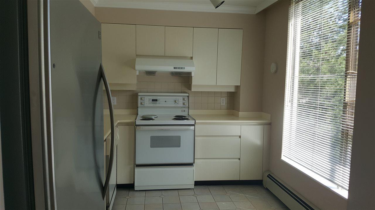 Condo Apartment at 303 2108 W 38TH AVENUE, Unit 303, Vancouver West, British Columbia. Image 8