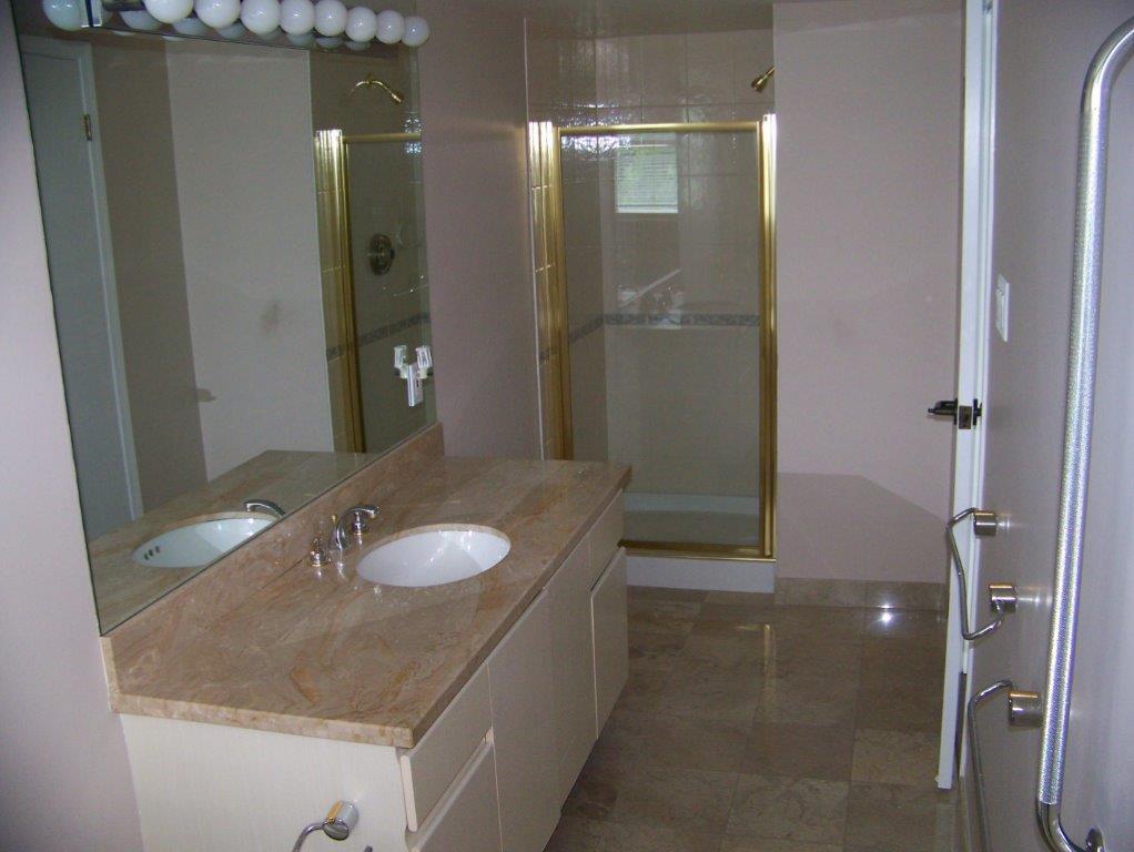 Condo Apartment at 303 2108 W 38TH AVENUE, Unit 303, Vancouver West, British Columbia. Image 10