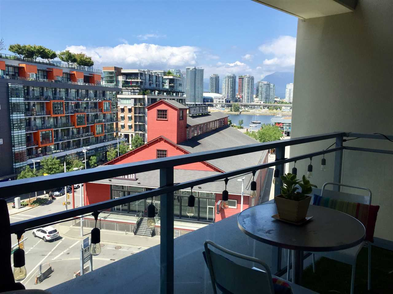 Condo Apartment at 805 88 W 1ST AVENUE, Unit 805, Vancouver West, British Columbia. Image 8