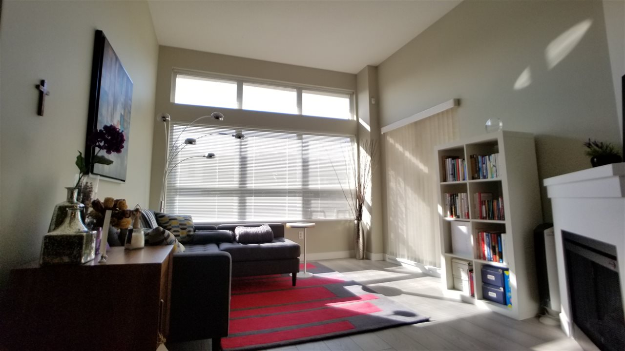 Condo Apartment at 421 6800 ECKERSLEY ROAD, Unit 421, Richmond, British Columbia. Image 4
