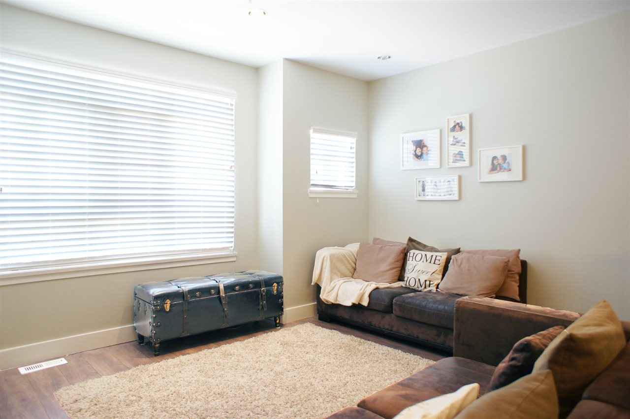 Townhouse at 7190 HURON MEWS, Vancouver East, British Columbia. Image 5