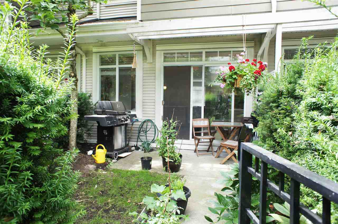 Townhouse at 7190 HURON MEWS, Vancouver East, British Columbia. Image 16