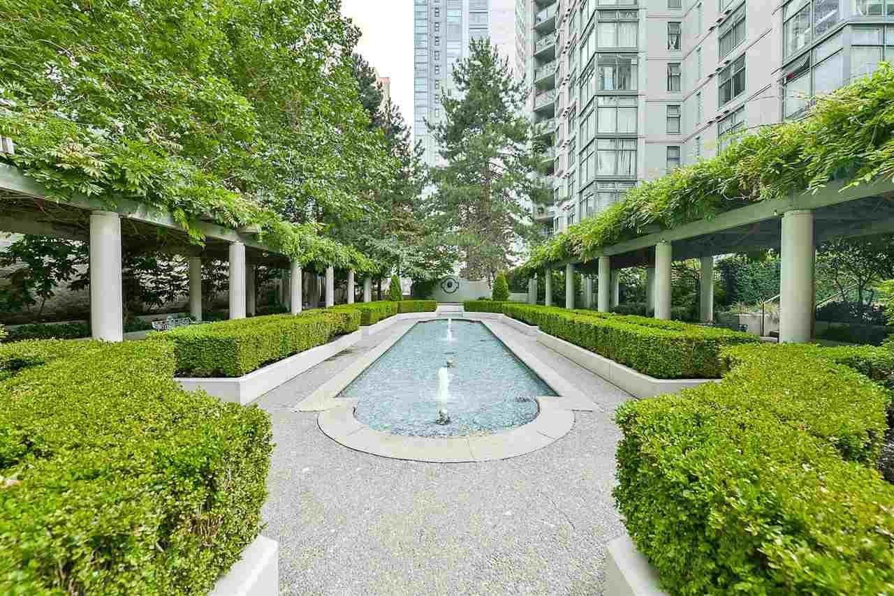 Condo Apartment at 209 1331 HOMER STREET, Unit 209, Vancouver West, British Columbia. Image 4
