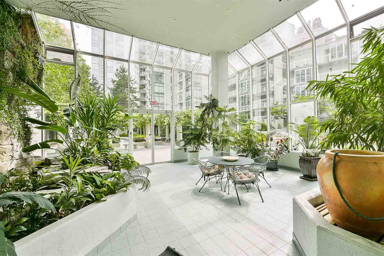 Condo Apartment at 209 1331 HOMER STREET, Unit 209, Vancouver West, British Columbia. Image 5
