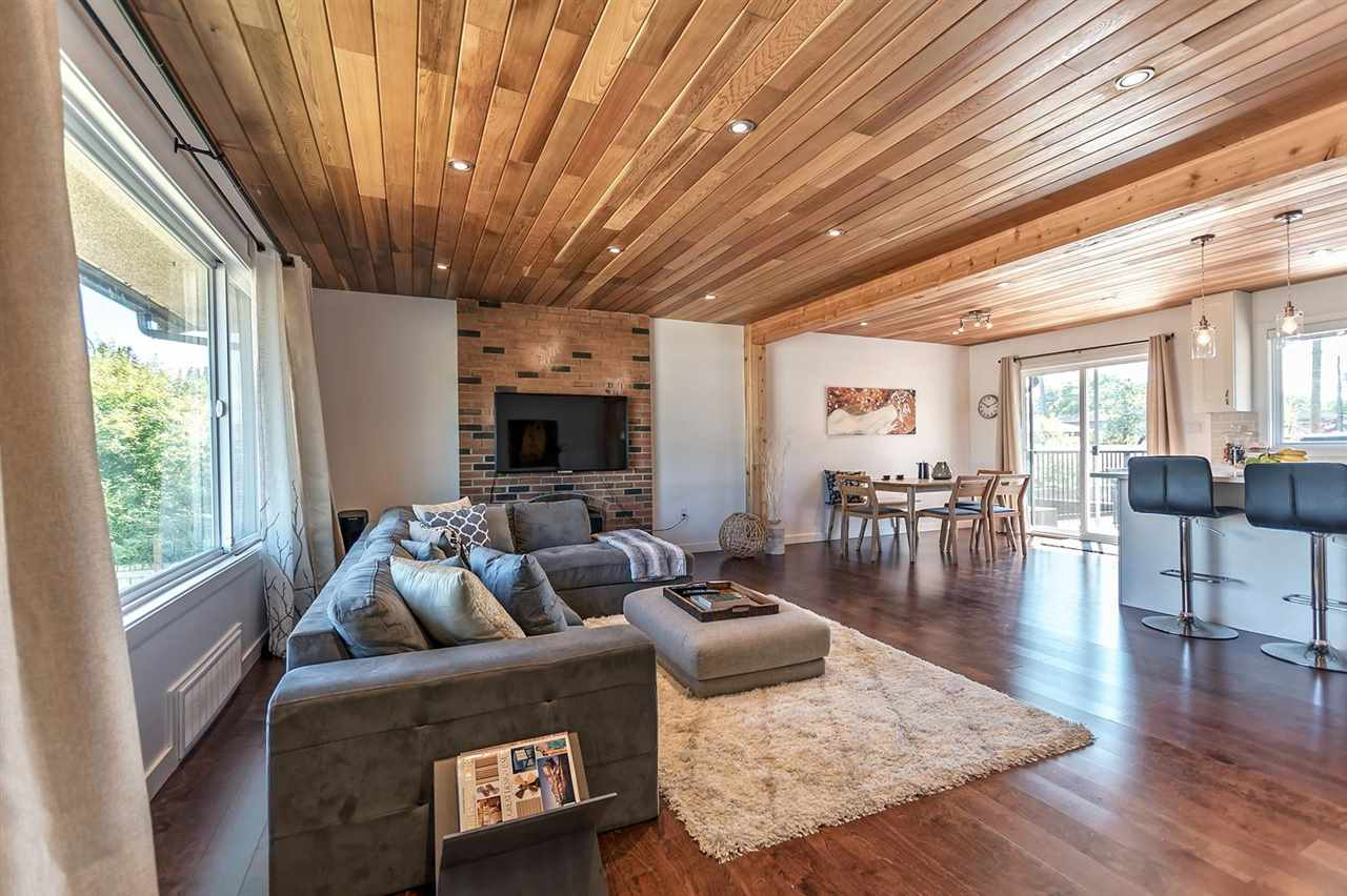 Detached at 7406 IMPERIAL STREET, Burnaby South, British Columbia. Image 1