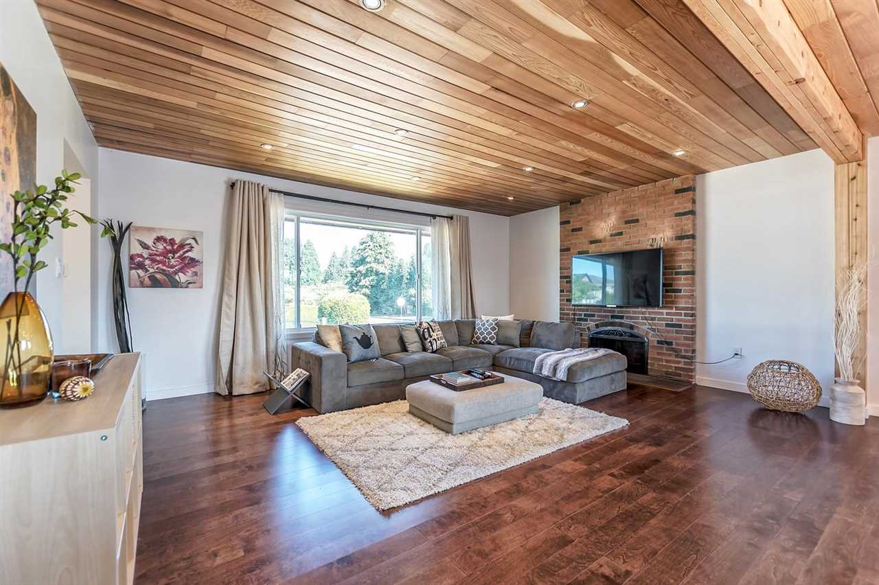 Detached at 7406 IMPERIAL STREET, Burnaby South, British Columbia. Image 5