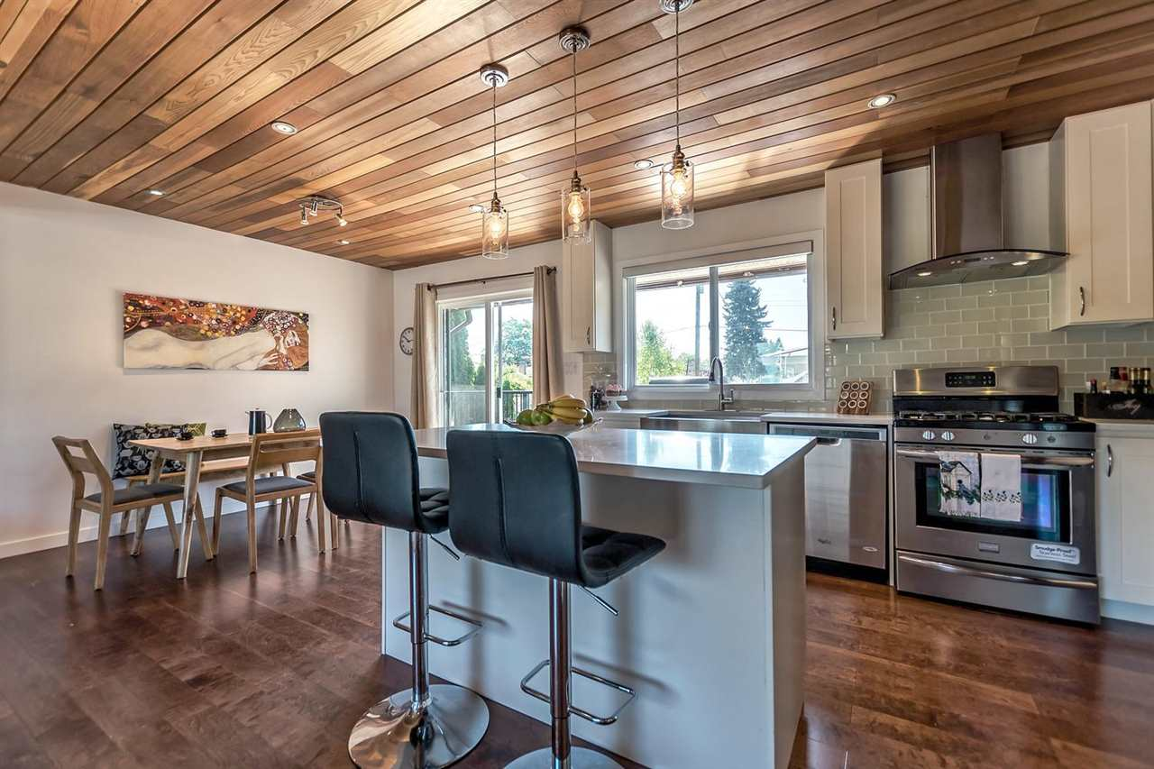 Detached at 7406 IMPERIAL STREET, Burnaby South, British Columbia. Image 7