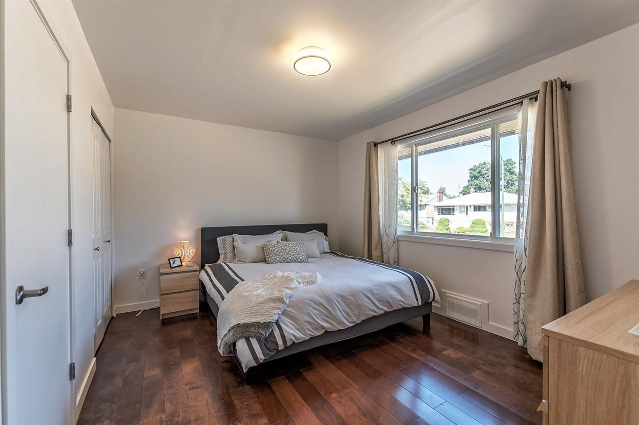 Detached at 7406 IMPERIAL STREET, Burnaby South, British Columbia. Image 9