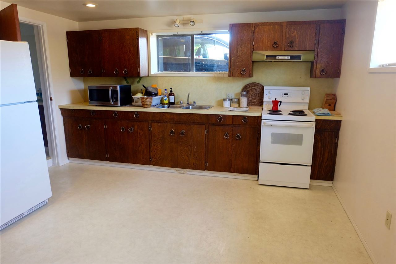 Detached at 7406 IMPERIAL STREET, Burnaby South, British Columbia. Image 13