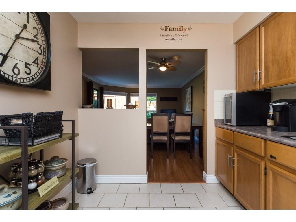 Condo Apartment at 517 1350 VIDAL STREET, Unit 517, South Surrey White Rock, British Columbia. Image 6