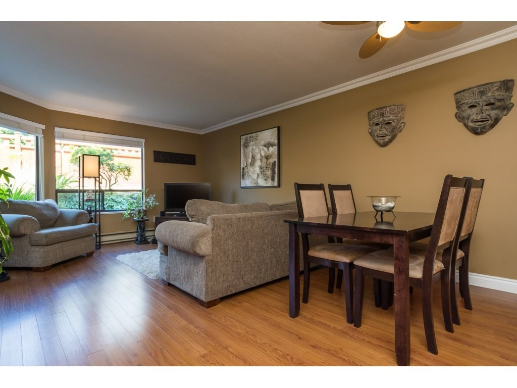 Condo Apartment at 517 1350 VIDAL STREET, Unit 517, South Surrey White Rock, British Columbia. Image 7