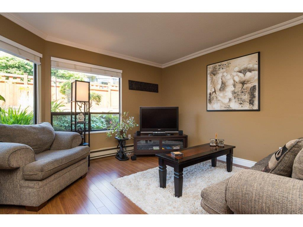 Condo Apartment at 517 1350 VIDAL STREET, Unit 517, South Surrey White Rock, British Columbia. Image 9