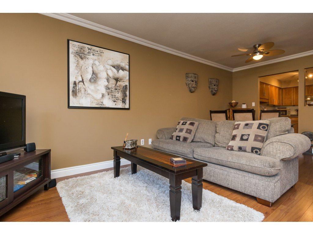 Condo Apartment at 517 1350 VIDAL STREET, Unit 517, South Surrey White Rock, British Columbia. Image 11