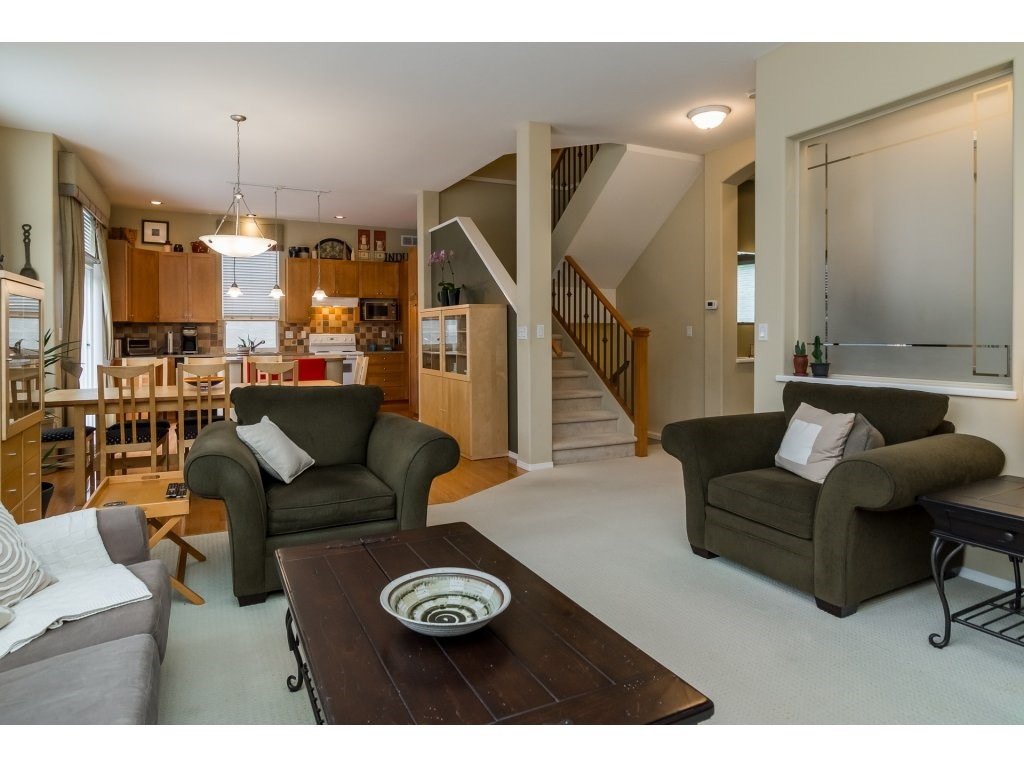 Detached at 3419 ROSEMARY HEIGHTS CRESCENT, South Surrey White Rock, British Columbia. Image 6