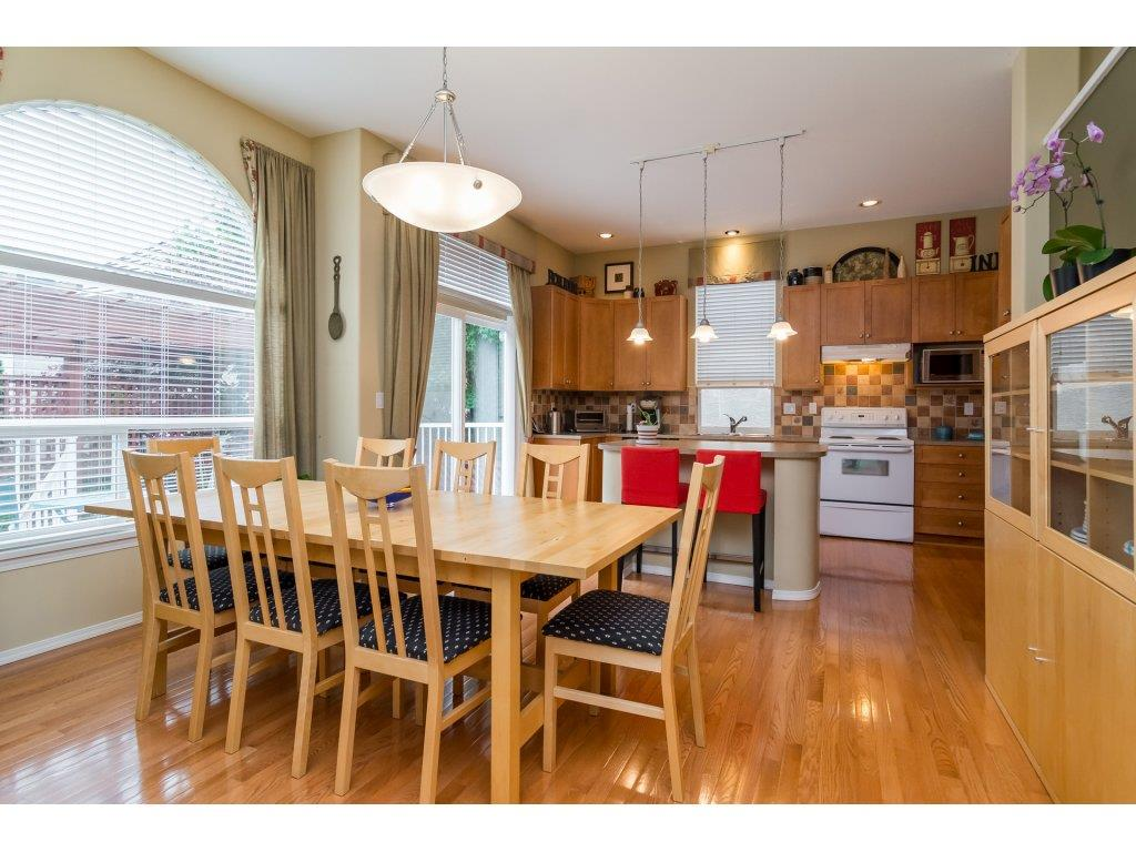Detached at 3419 ROSEMARY HEIGHTS CRESCENT, South Surrey White Rock, British Columbia. Image 7