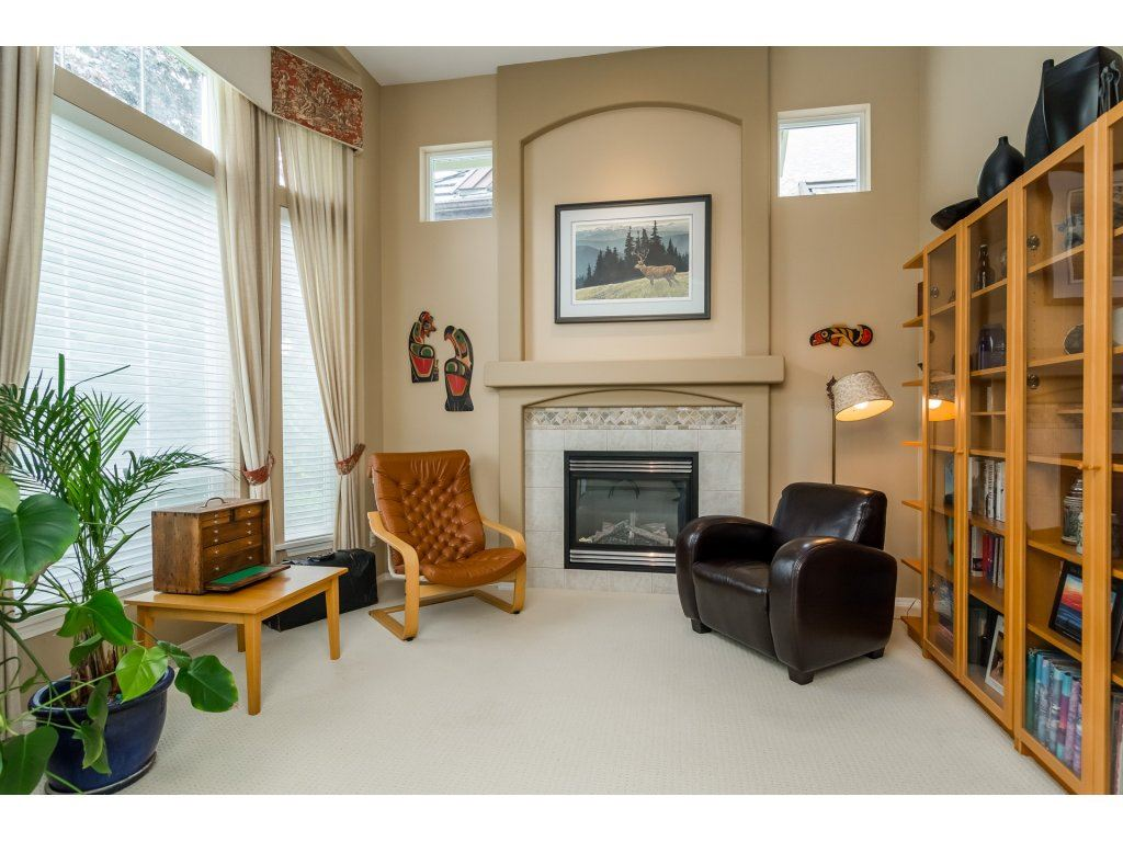 Detached at 3419 ROSEMARY HEIGHTS CRESCENT, South Surrey White Rock, British Columbia. Image 10