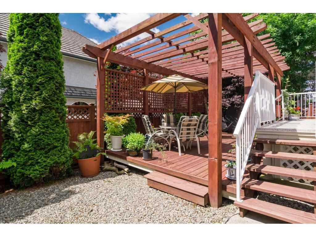 Detached at 3419 ROSEMARY HEIGHTS CRESCENT, South Surrey White Rock, British Columbia. Image 19