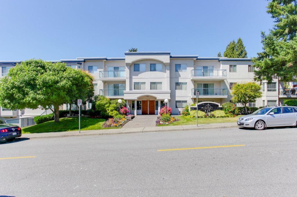 Condo Apartment at 205 1441 BLACKWOOD STREET, Unit 205, South Surrey White Rock, British Columbia. Image 1