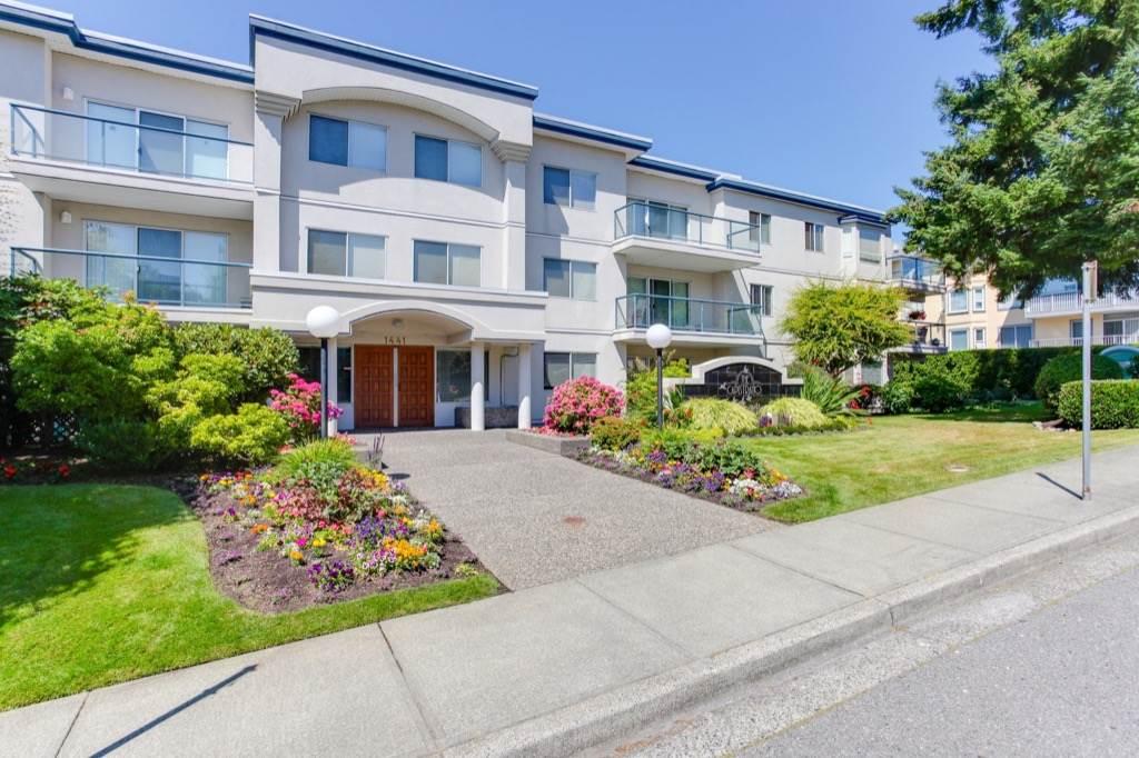 Condo Apartment at 205 1441 BLACKWOOD STREET, Unit 205, South Surrey White Rock, British Columbia. Image 2