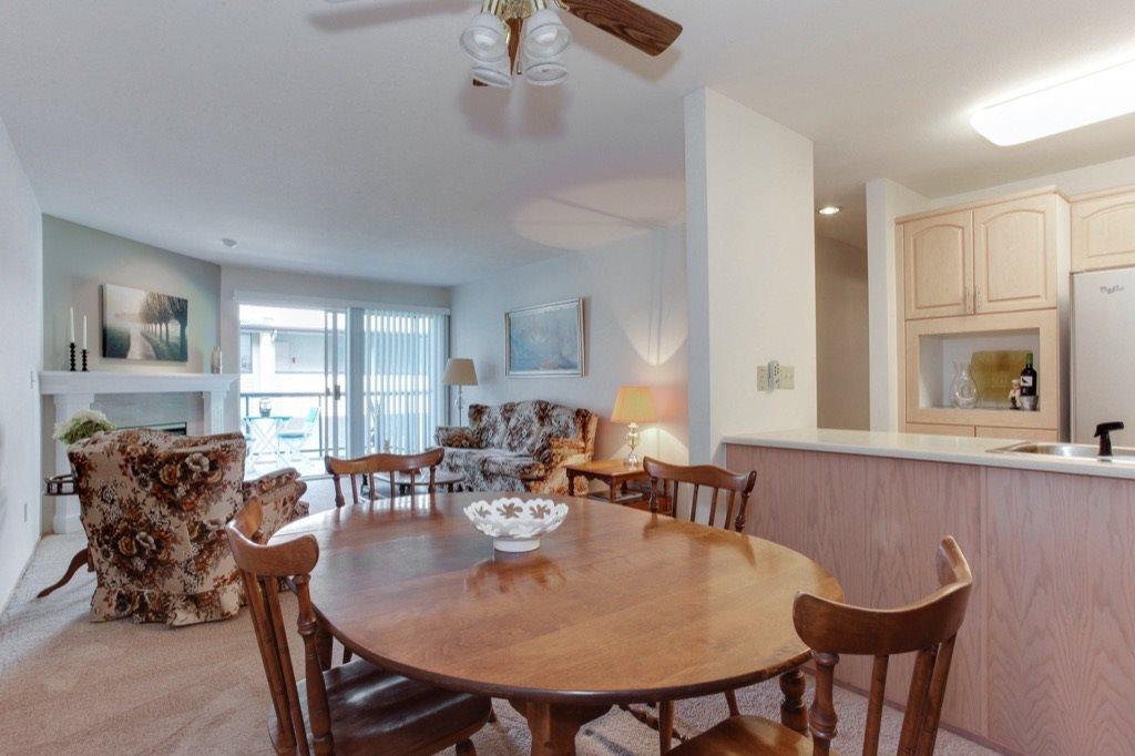 Condo Apartment at 205 1441 BLACKWOOD STREET, Unit 205, South Surrey White Rock, British Columbia. Image 7