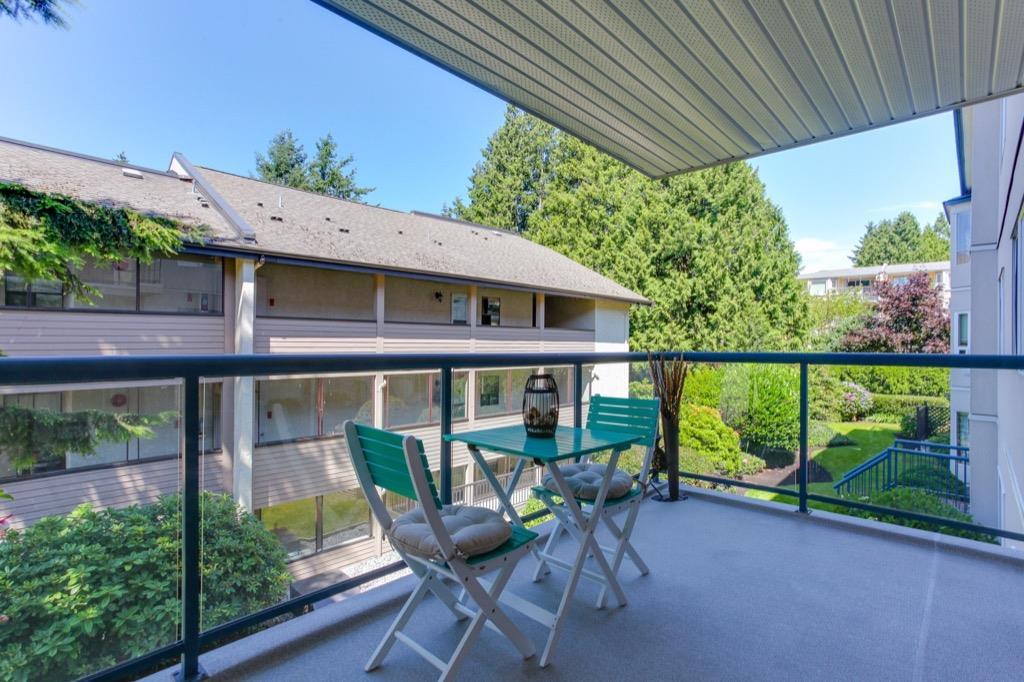 Condo Apartment at 205 1441 BLACKWOOD STREET, Unit 205, South Surrey White Rock, British Columbia. Image 19