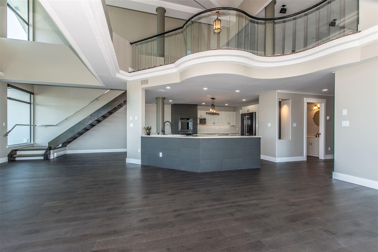 Condo Apartment at 1703 33065 MILL LAKE ROAD, Unit 1703, Abbotsford, British Columbia. Image 2