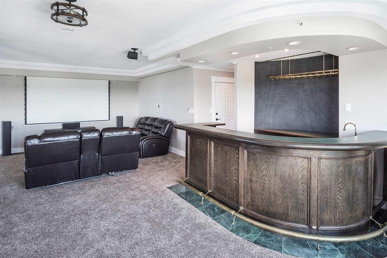 Condo Apartment at 1703 33065 MILL LAKE ROAD, Unit 1703, Abbotsford, British Columbia. Image 15