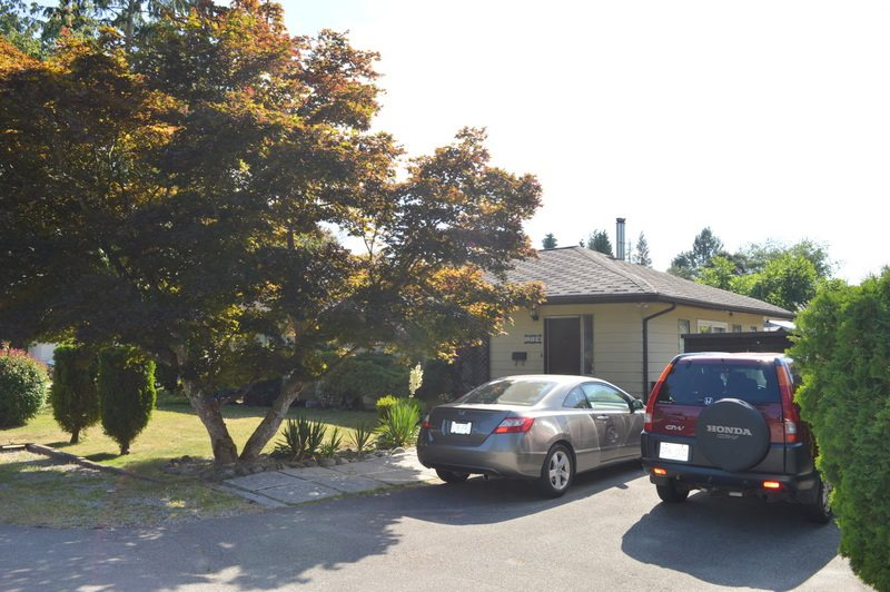 Detached at 12189 CRESTON STREET, Maple Ridge, British Columbia. Image 2
