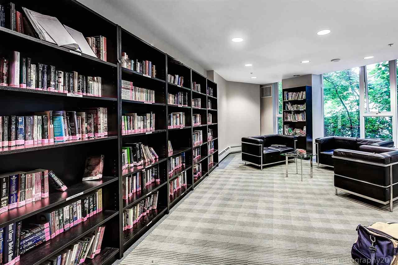 Condo Apartment at 3006 689 ABBOTT STREET, Unit 3006, Vancouver West, British Columbia. Image 5