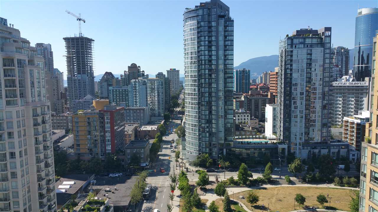 Condo Apartment at 2103 1155 HOMER STREET, Unit 2103, Vancouver West, British Columbia. Image 2