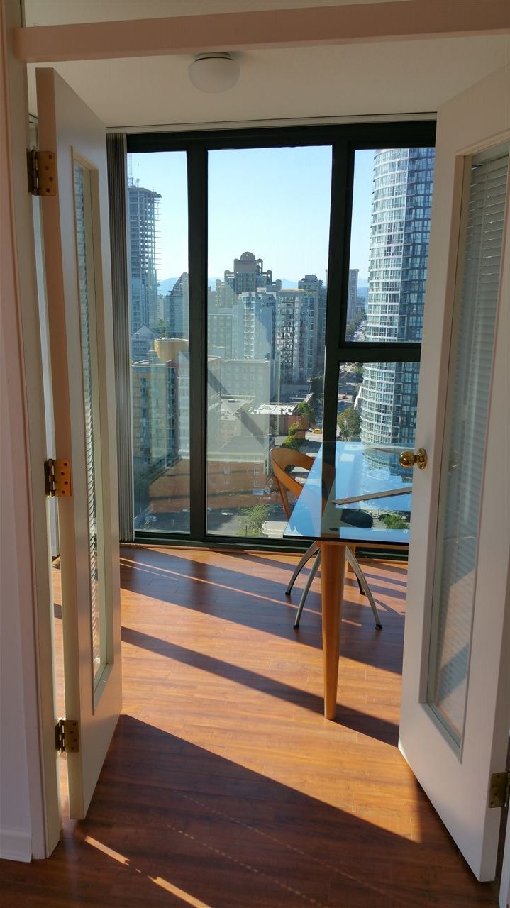 Condo Apartment at 2103 1155 HOMER STREET, Unit 2103, Vancouver West, British Columbia. Image 6
