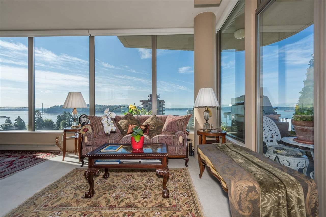 Condo Apartment at 1001 570 18TH STREET, Unit 1001, West Vancouver, British Columbia. Image 2