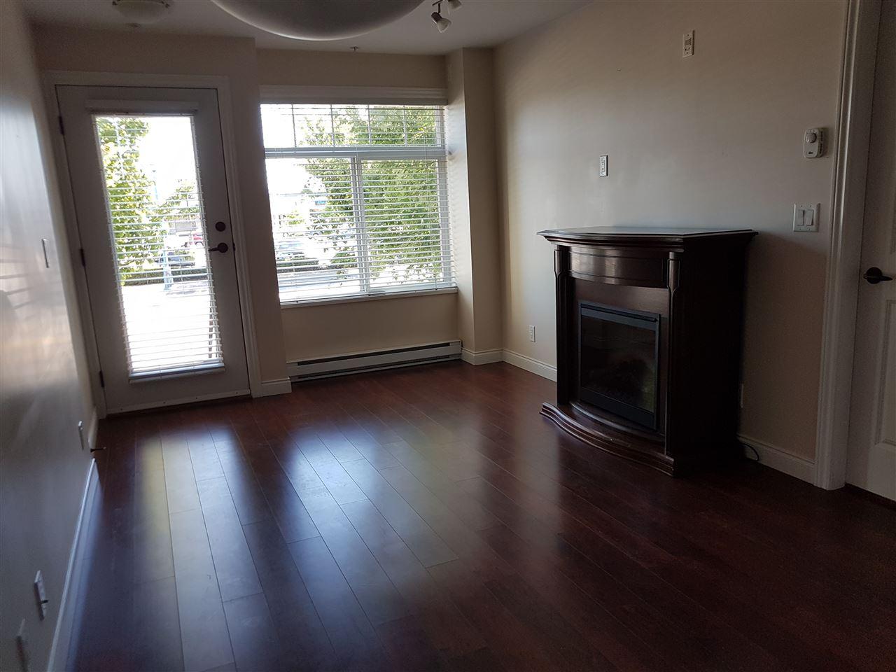 Condo Apartment at 273 20170 FRASER HIGHWAY, Unit 273, Langley, British Columbia. Image 3
