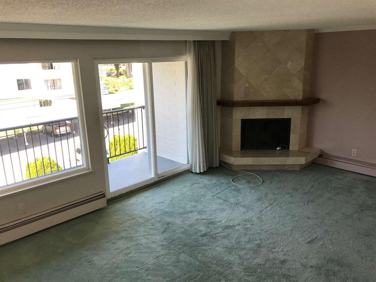 Condo Apartment at 303 1351 MARTIN STREET, Unit 303, South Surrey White Rock, British Columbia. Image 13