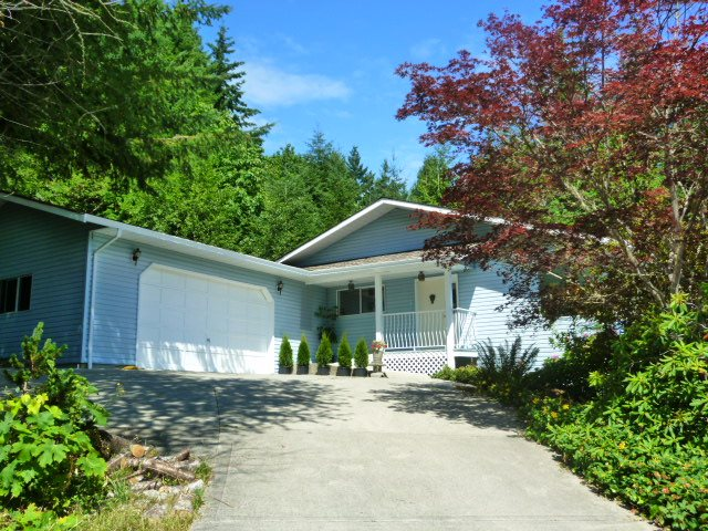 Detached at 6016 PARKVIEW PLACE, Sunshine Coast, British Columbia. Image 1