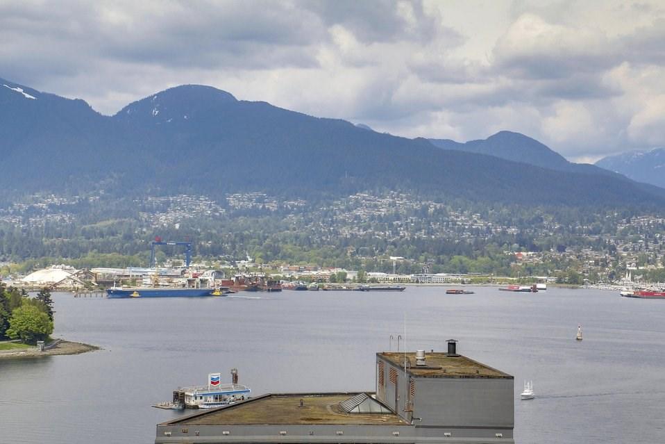 Condo Apartment at 2204 1188 W PENDER STREET, Unit 2204, Vancouver West, British Columbia. Image 1