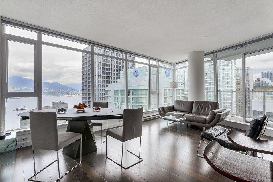 Condo Apartment at 2204 1188 W PENDER STREET, Unit 2204, Vancouver West, British Columbia. Image 3