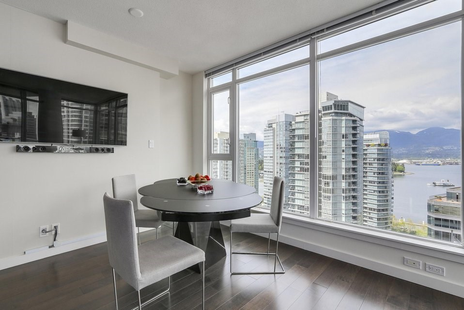 Condo Apartment at 2204 1188 W PENDER STREET, Unit 2204, Vancouver West, British Columbia. Image 6