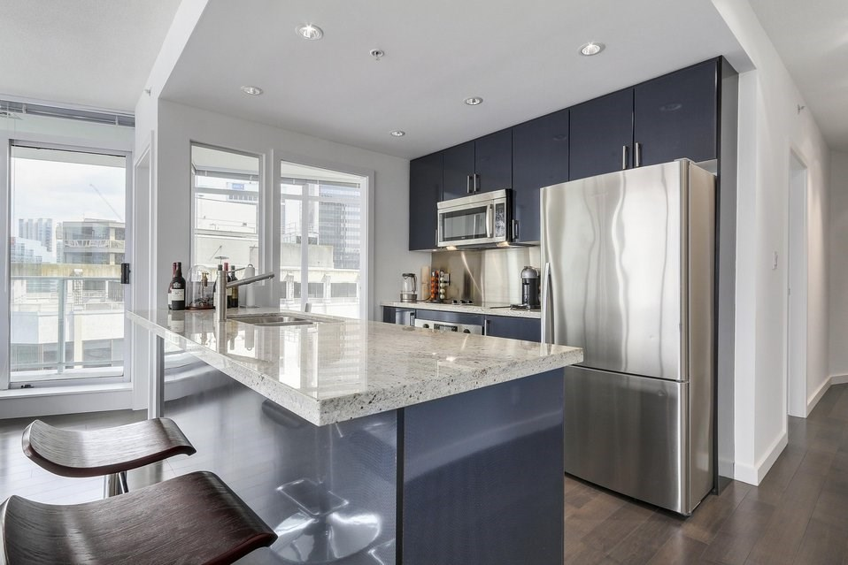 Condo Apartment at 2204 1188 W PENDER STREET, Unit 2204, Vancouver West, British Columbia. Image 8
