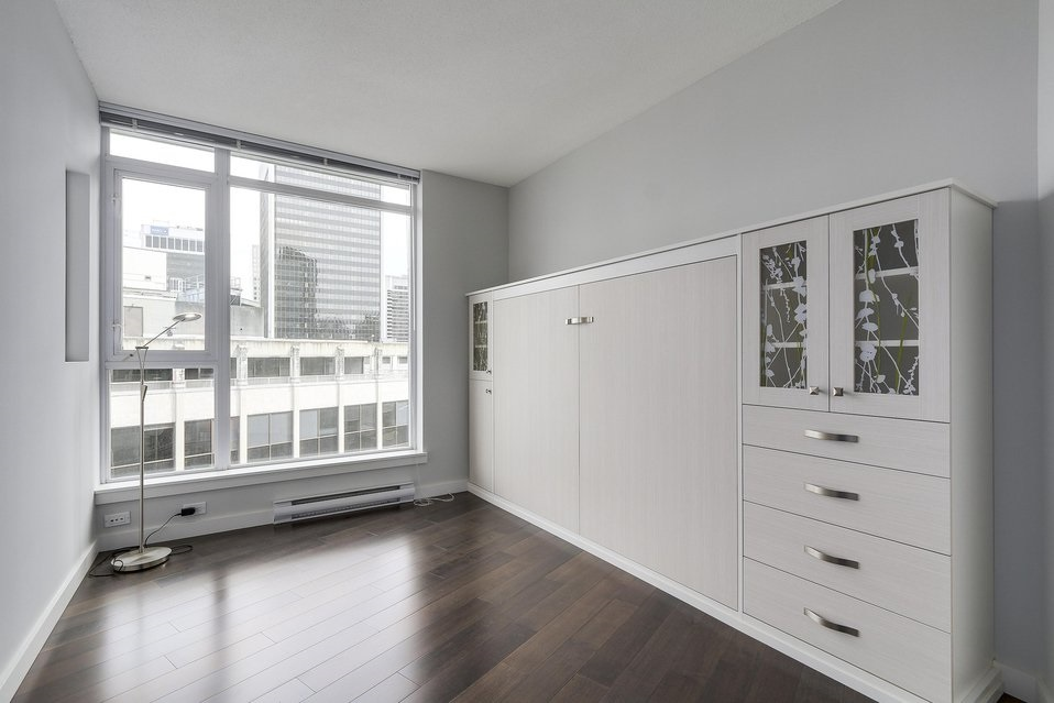 Condo Apartment at 2204 1188 W PENDER STREET, Unit 2204, Vancouver West, British Columbia. Image 14