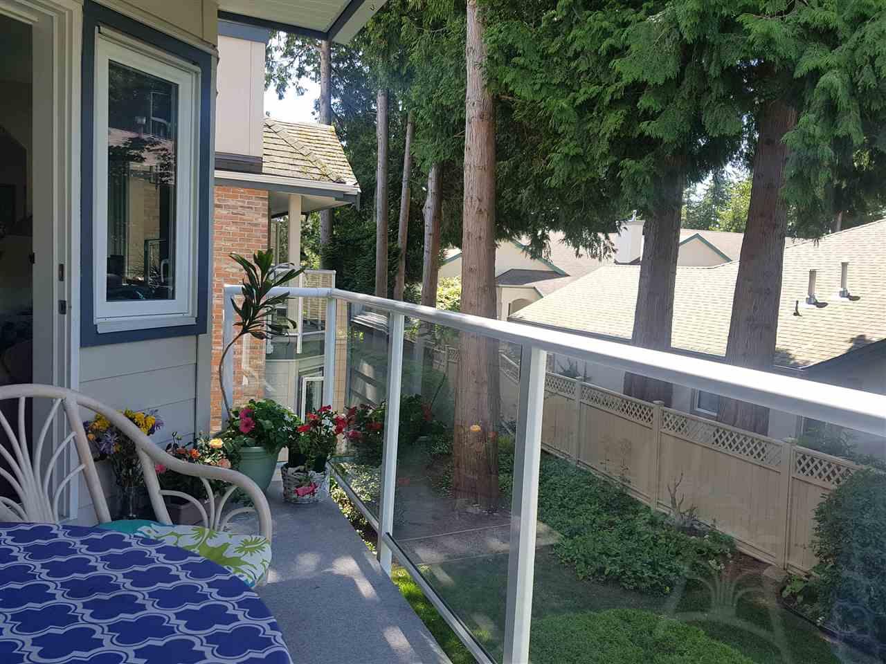Condo Apartment at 203 13959 16 AVENUE, Unit 203, South Surrey White Rock, British Columbia. Image 4