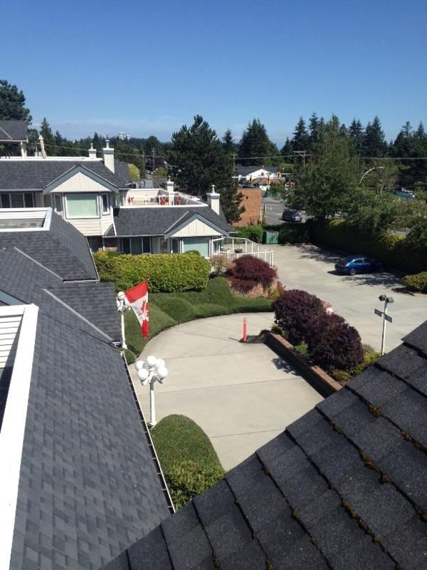 Condo Apartment at 203 13959 16 AVENUE, Unit 203, South Surrey White Rock, British Columbia. Image 8