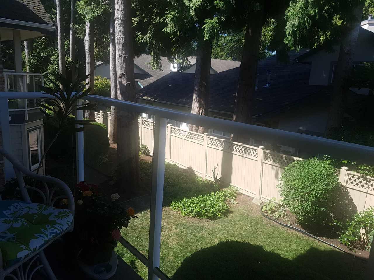Condo Apartment at 203 13959 16 AVENUE, Unit 203, South Surrey White Rock, British Columbia. Image 11