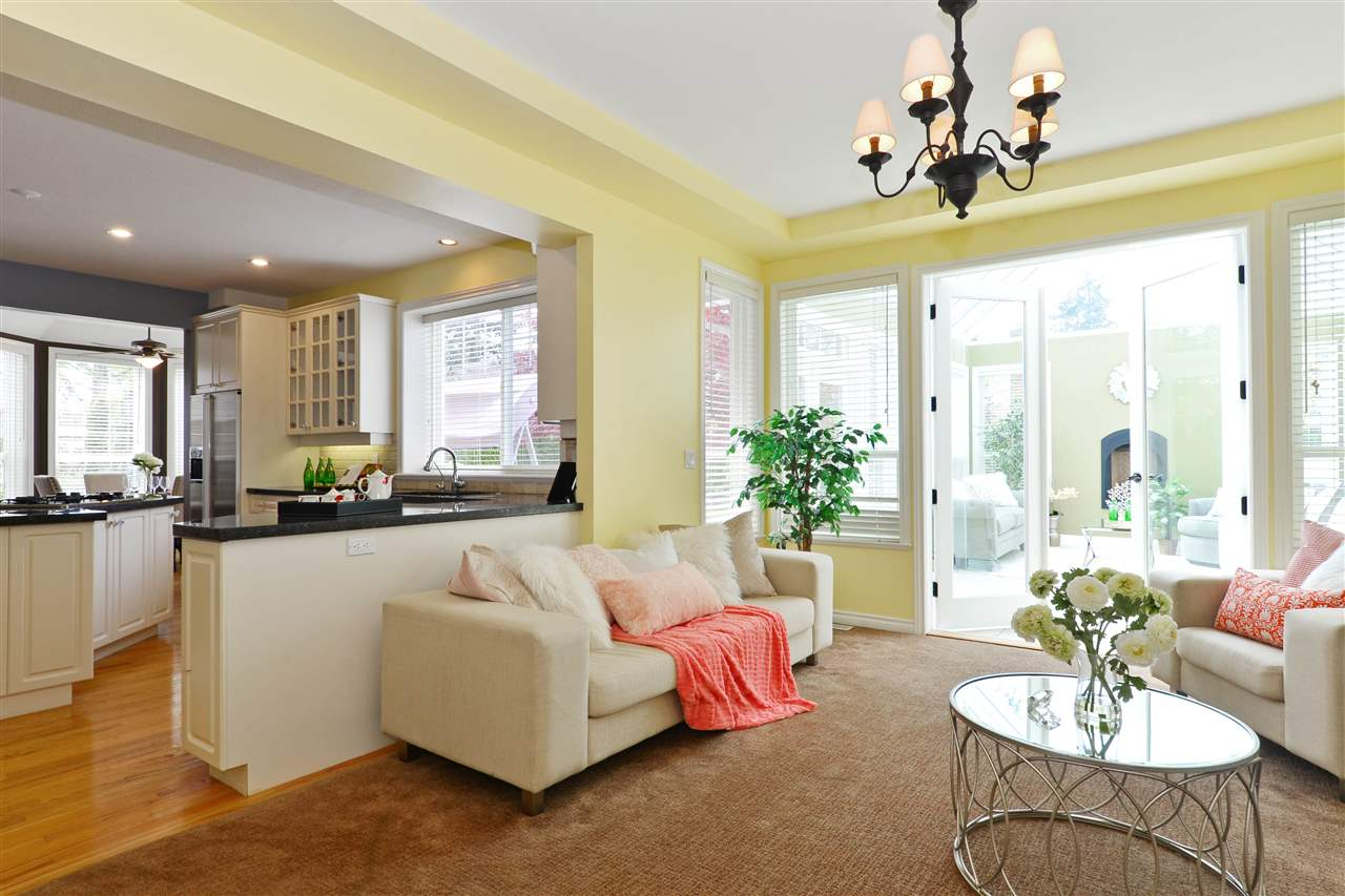 Detached at 2339 138A STREET, South Surrey White Rock, British Columbia. Image 10