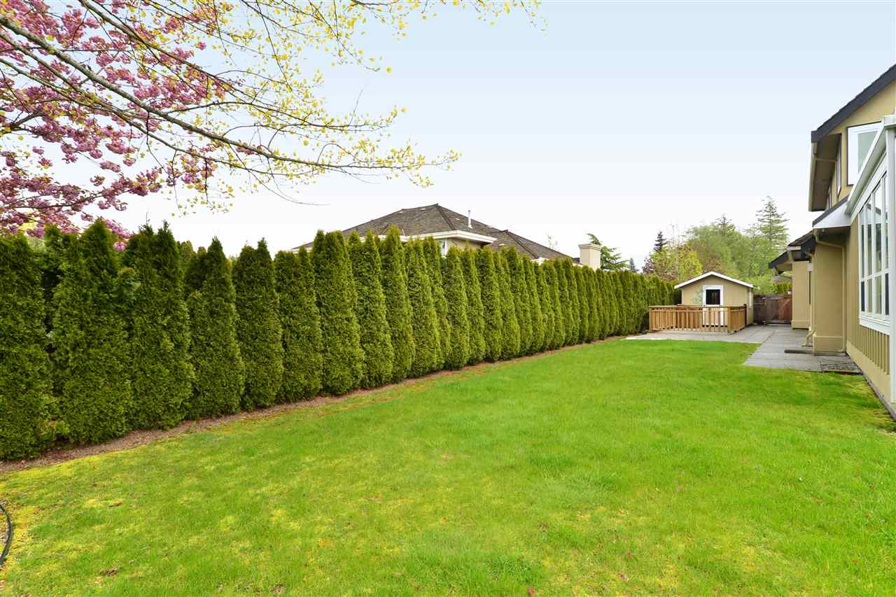 Detached at 2339 138A STREET, South Surrey White Rock, British Columbia. Image 17