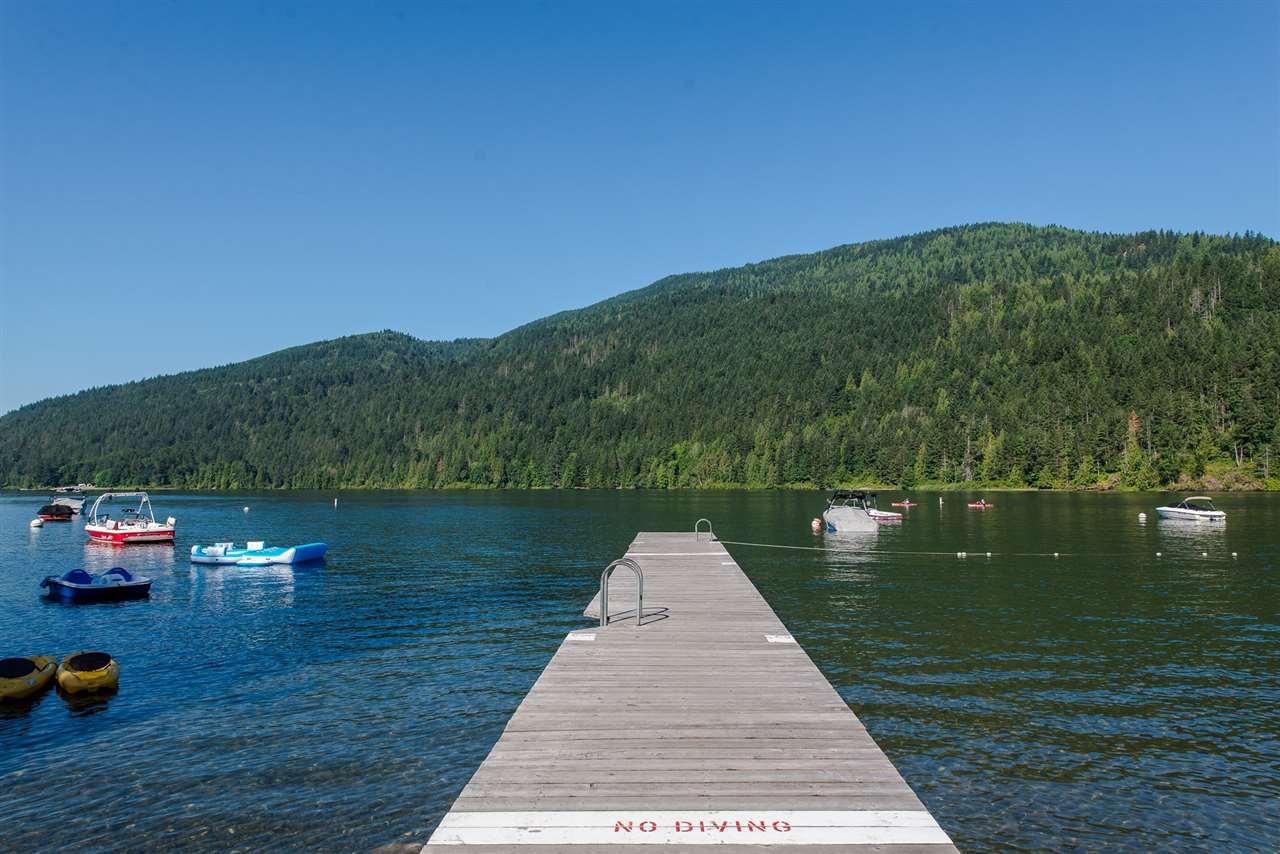 Detached at 377 CEDAR STREET, Cultus Lake, British Columbia. Image 18